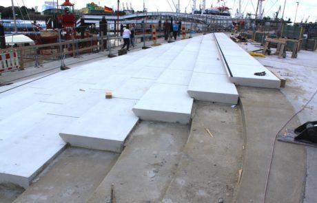 Städtebau - Treppenanlage - Hafenrand HH