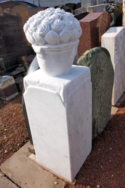 Steinmetz Czaikowski Natursteinbau Blumenornament Marmor Grabmale Gedenksteine